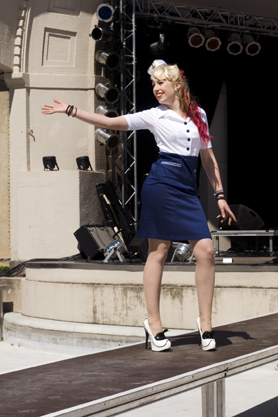 Captain Dress von Steady Clothing