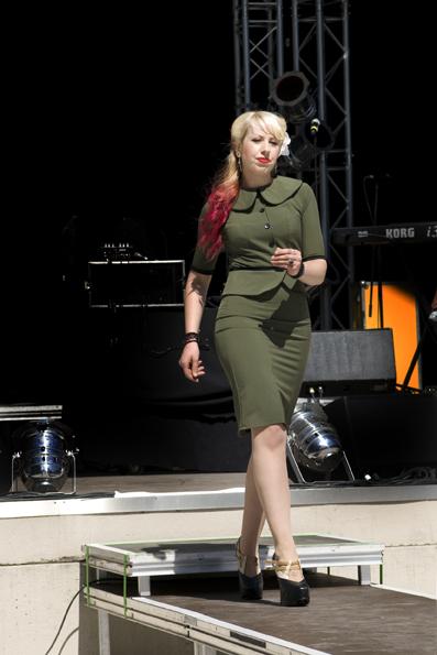Stella Dress von Steady Clothing